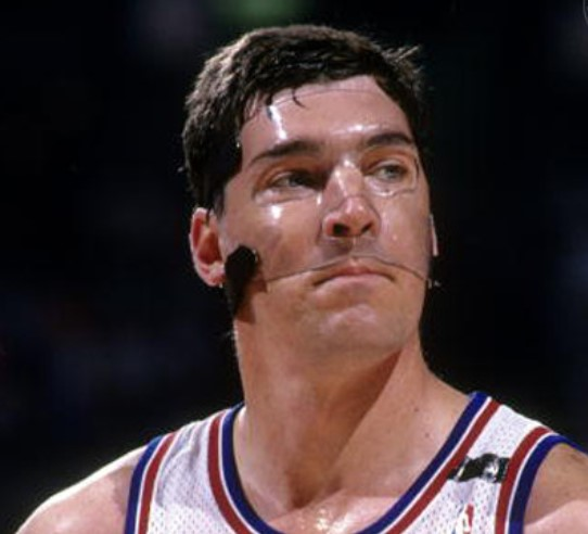 Bill Laimbeer mask