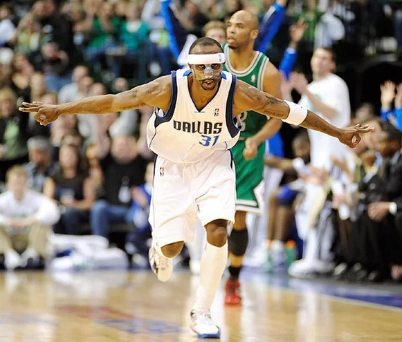 Jason Terry mask