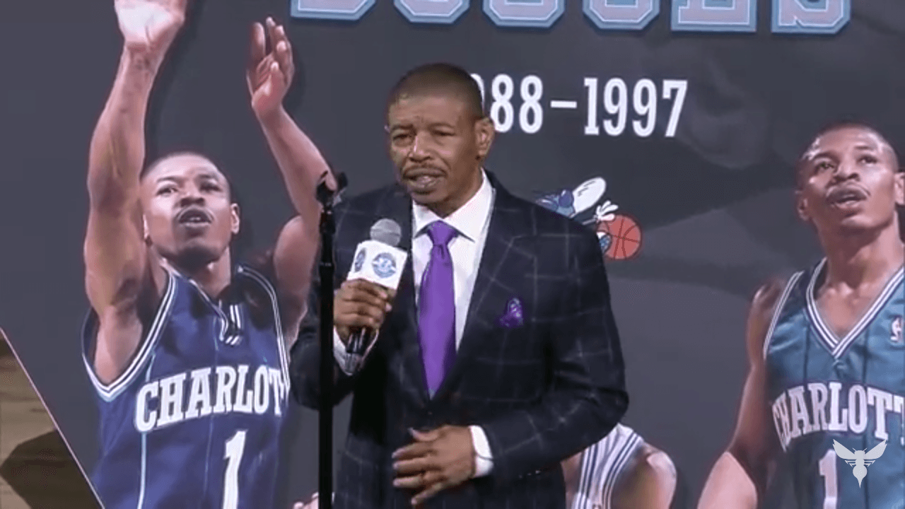 Is Muggsy Bogues Shortest Basketball Player Ever Dunked